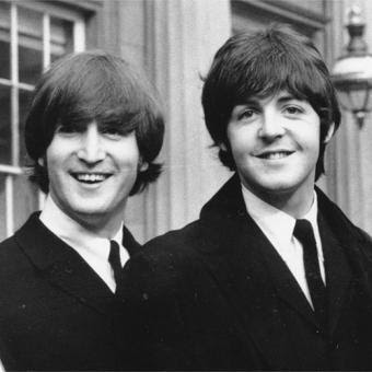 John Lennon e Paul McCartney.jpg