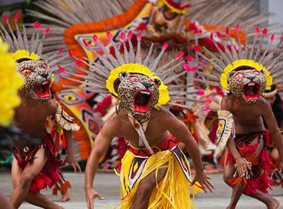 Performance Folclórica Boi Bumbá.jpg