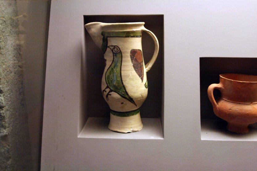 ceramica séculos xiii-xiv.jpg